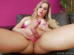 Big Tits TGirls Bianca Sereia