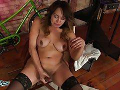 Samantha is a curvy tgirl with a hot body, a big juicy ass and a sexy hard cock! See this hot transwoman jacking her hard cock and showing off her sexy bubble butt!
