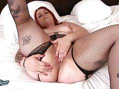 Amira Passion is a sexy chubby tgiel with a curvy body, natural breasts, a big juicy ass and a delicious hard cock! Watch this sexy transgirl jacking off.