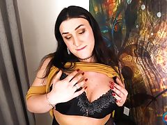 Sexy Alexa Staci, who was just introduced to the world by Radius Dark two weeks ago, returns for her second solo scene! She`s horny and ready to have fun! Alexa enjoys her time in front of the camera and she LOVES showing off her curvy body and her thick